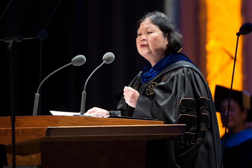 Dr. Carolyn WooGeorg Kell
